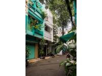 Nhà ống Sài Gòn có giếng trời đẹp như kính vạn hoa